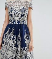 photo Metallic Lace Midi Prom Dress with Bardot Neck by Chi Chi London Premium, color Navy/Gold - Image 3