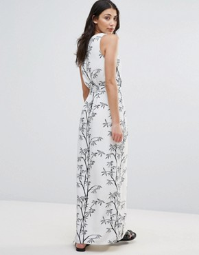 photo Bamboo Print Maxi Dress by Neon Rose, color White - Image 2