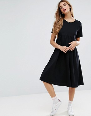photo Ultimate Midi Smock Dress by ASOS, color Black - Image 1