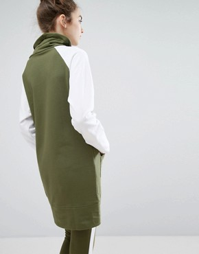 photo Colourblock Sweat Dress by Monki, color Khaki - Image 2