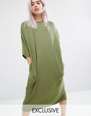 photo Oversized Midi T-shirt Dress by Monki, color Khaki - Image 1