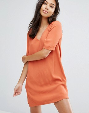 photo Lattice Back T-Shirt Dress by See U Soon, color Brick Red - Image 2