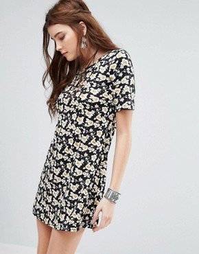 photo Swing Dress In Grunge Floral by Glamorous, color Black - Image 1