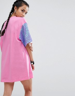 photo Oversized Rock T-Shirt Dress With Contrast Sequin Sleeve Detail by Jaded London Petite, color Pink - Image 2
