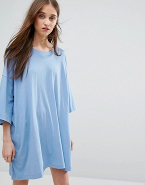 photo Huge T-shirt Dress by Weekday, color Dusty Blue - Image 1