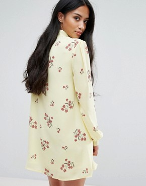 photo Floral Printed Long Sleeve Shift Dress with Bow Tie Detail by Fashion Union Petite, color  - Image 2