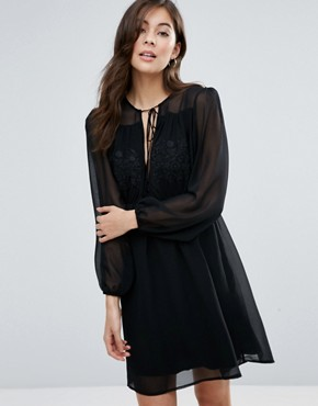 photo Anita Blousen Sleeve Dress by Little White Lies, color Black - Image 1