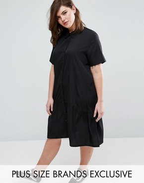 photo Oversized Dress with Short Sleeve and Peplum Hem by Daisy Street Plus, color Black - Image 1
