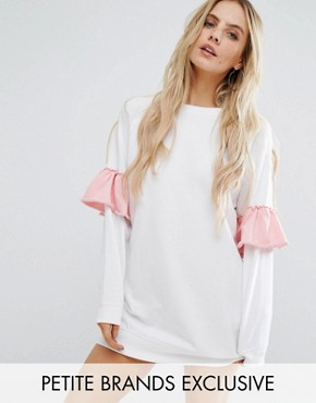 photo Contrast Frill Sleeve Sweat Dress by Missguided Petite, color White - Image 1