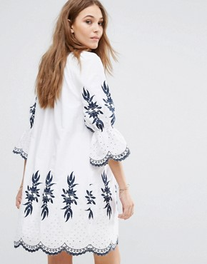 photo Embroidered Dress by Moon River, color Off White - Image 2