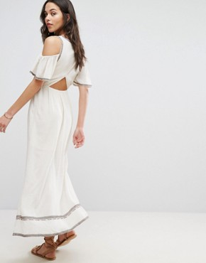 photo Embroidered Maxi Dress by Moon River, color Natural - Image 2