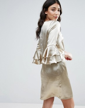 photo 3/4 Ruffle Sleeve Shift Dress by Traffic People, color Gold - Image 2