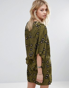 photo Flute Sleeve Printed Smock Dress by Mango, color Khaki - Image 2
