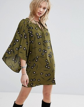 photo Flute Sleeve Printed Smock Dress by Mango, color Khaki - Image 1