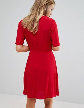 photo Crepe Wrap Dress by New Look, color Red - Image 2