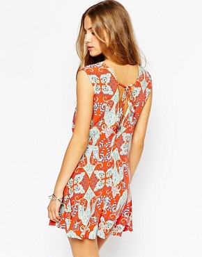 photo Paisley Print Dress with Tie Back by Mango, color Red - Image 2