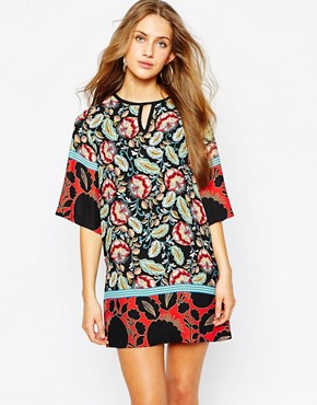 photo Kimono Sleeve Shift Dress in Lotus Flower Print by Mango, color Multi - Image 1