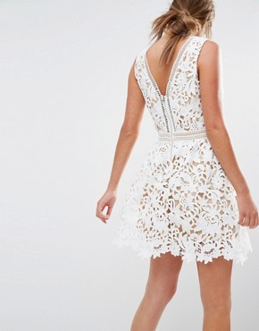 photo Plunge Crochet Lace Skater Dress by New Look Premium, color White - Image 2