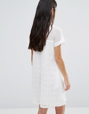 photo A-Line Dress in Daisy Lace by Traffic People, color White - Image 2
