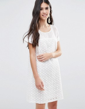 photo A-Line Dress in Daisy Lace by Traffic People, color White - Image 1