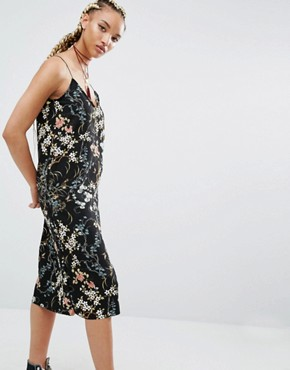 photo Floral Print Midi Cami Dress by Pull&Bear, color Black - Image 1
