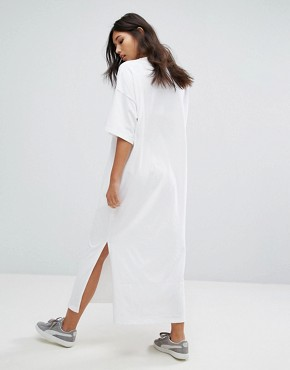 photo T-Shirt Maxi Dress by Puma, color White - Image 2