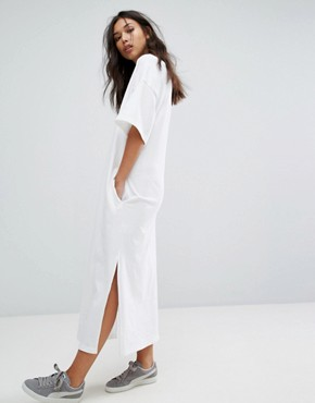 photo T-Shirt Maxi Dress by Puma, color White - Image 1