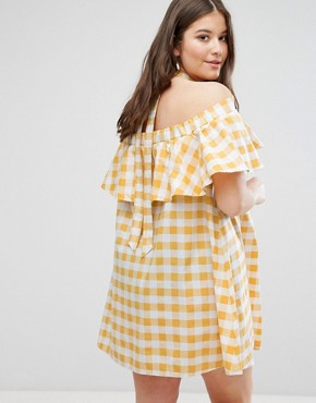 photo Halter Neck Sundress in Gingham by ASOS CURVE, color Multi - Image 2