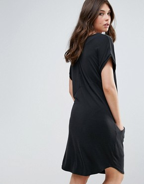 photo Short Sleeve V-Neck Midi Dress by b.Young, color Black - Image 2