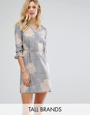photo Floral Shirt Dress by Vero Moda Tall, color Ombre Blue - Image 1