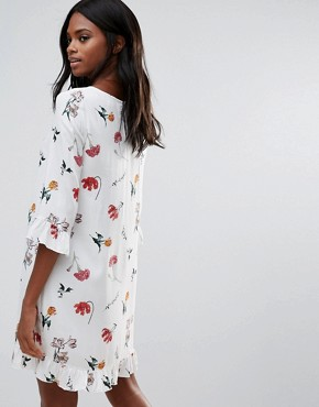 photo Floral Print Ruffle Detail Smock Dress by Vila, color White - Image 2