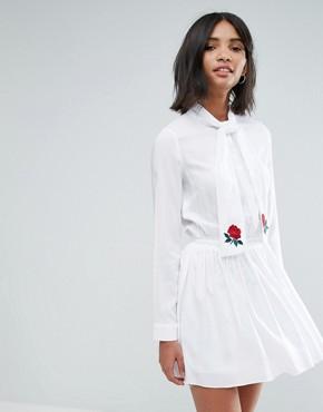 photo Pussy Bow Pleated Dress with Embroidery by Unique 21, color White - Image 1
