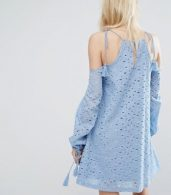 photo Swing Dress with Cold Shoulders and Tassel Ties in Lace by J.O.A, color Blue - Image 2