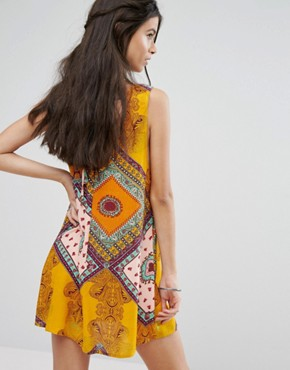 photo Sleeveless Shift Dress in Bright Paisley Print by Glamorous Petite, color Multi - Image 2