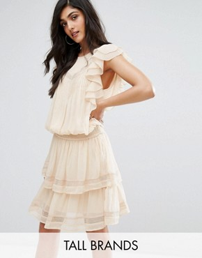 photo Hora Ruffle Detail Dress by Y.A.S Tall, color Sand - Image 1