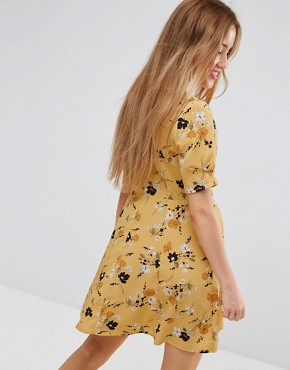 photo Tea Dress in Ditsy Floral by ASOS PETITE, color Multi - Image 2