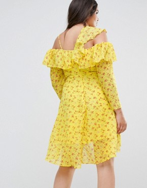 photo Cold Shoulder Ruffle Tea Dress in Dobby Ditsy Print by ASOS CURVE, color Multi - Image 2