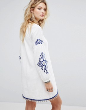 photo Smock Dress with Tassel Tie Neck and Embroidery by Honey Punch, color White - Image 2