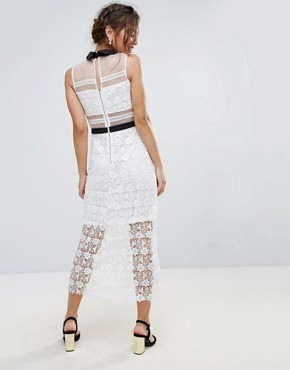 photo Amy Lynn Lace Maxi Dress with Contrast Collar by Amy Lynn Occasion, color White - Image 2