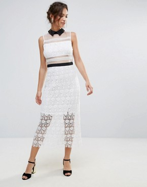 photo Amy Lynn Lace Maxi Dress with Contrast Collar by Amy Lynn Occasion, color White - Image 1