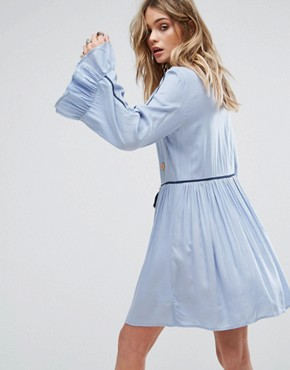 photo Premium Smock Dress with Tassel Ties and Mirror Embroidery by Glamorous, color Blue - Image 2