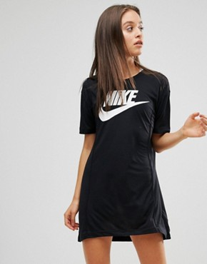 photo Logo T-Shirt Dress by Nike, color Black - Image 1