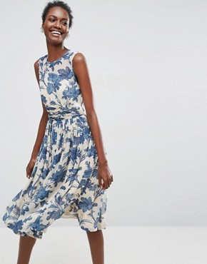photo Midi Dress with Ruched Panel Detail in China Blue Print by ASOS, color Multi - Image 1