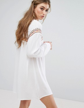 photo Embroidered Tie Front Smock Dress by Missguided, color White - Image 2