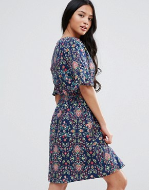 photo Printed Dress with Frill Sleeves by Yumi Petite, color Navy - Image 2