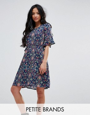 photo Printed Dress with Frill Sleeves by Yumi Petite, color Navy - Image 1
