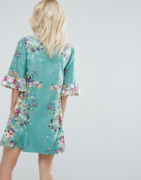 photo Swing Dress in Border Print with Frill Sleeves by Yumi Petite, color Green - Image 2