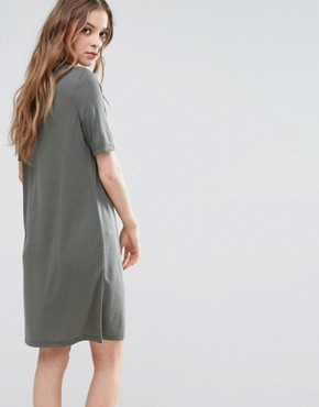 photo Metta Short Sleeve Dress by Selected, color Green - Image 2