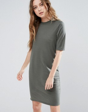 photo Metta Short Sleeve Dress by Selected, color Green - Image 1