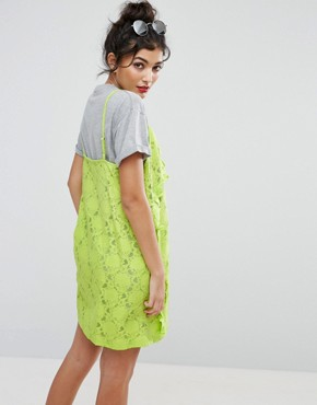 photo Long Beach T-Shirt Dress with Lace Cami by ASOS, color Green - Image 2